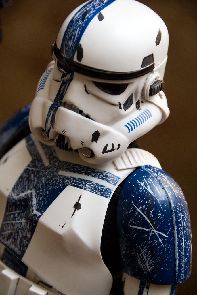 12 inch Stromtrooper Commander Force Unleashed 3658351476_95bbb2b083_b