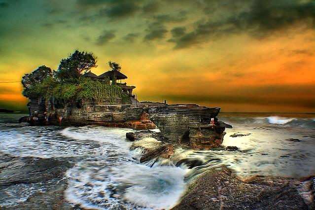 Sunset @ Bali Tanah lot 海神廟