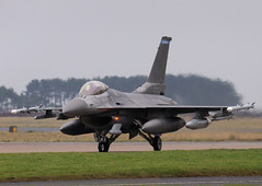 Lockheed F-16C. (stonefaction) Tags: scotland fife aircraft planes usaf raf leuchars faved spangdahlem f16c usafe