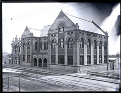 Technical College, Hunter Street, Newcastle, NSW, 29 August 1895 (Cultural Collections, University of Newcastle) Tags: street art college newcastle education australia nsw schools tafe 1895 historicbuildings schoolofmines hunterstreet technicalcollege hunterregion ralphsnowball ralphsnowballcollection asgn0101b4 newcastleregionnswhistorypictorialworks photographynewsouthwalesnewcastle