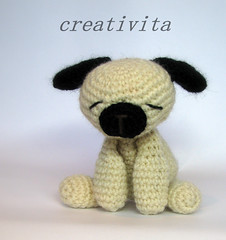 Still sleepy (Creativita) Tags: friends dog wool animal norway canon norge handmade crochet norwegen pals yarn sleepy softies amigurumi myke norvegia s5 leker hekling hekle virkad allunicetto