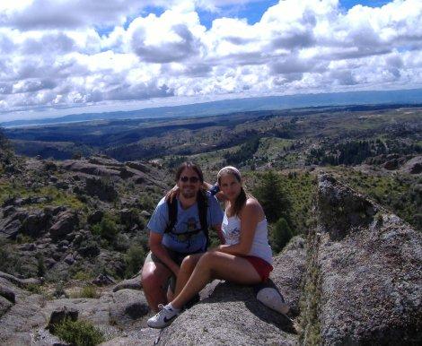 Facu y Moni, en la montaña