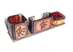 Porta-Canet-Lemb-Clips-ATAN-LEO MEDIEVAL-1 (ArtesanatoTH) Tags: couro acrilex portacanetas pirogravado