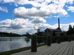 (Heikki S) Tags: cloud lake tree nature landscape factory shore puu maisema luonto ranta jrvi pilvi tehdas kiuruvesi