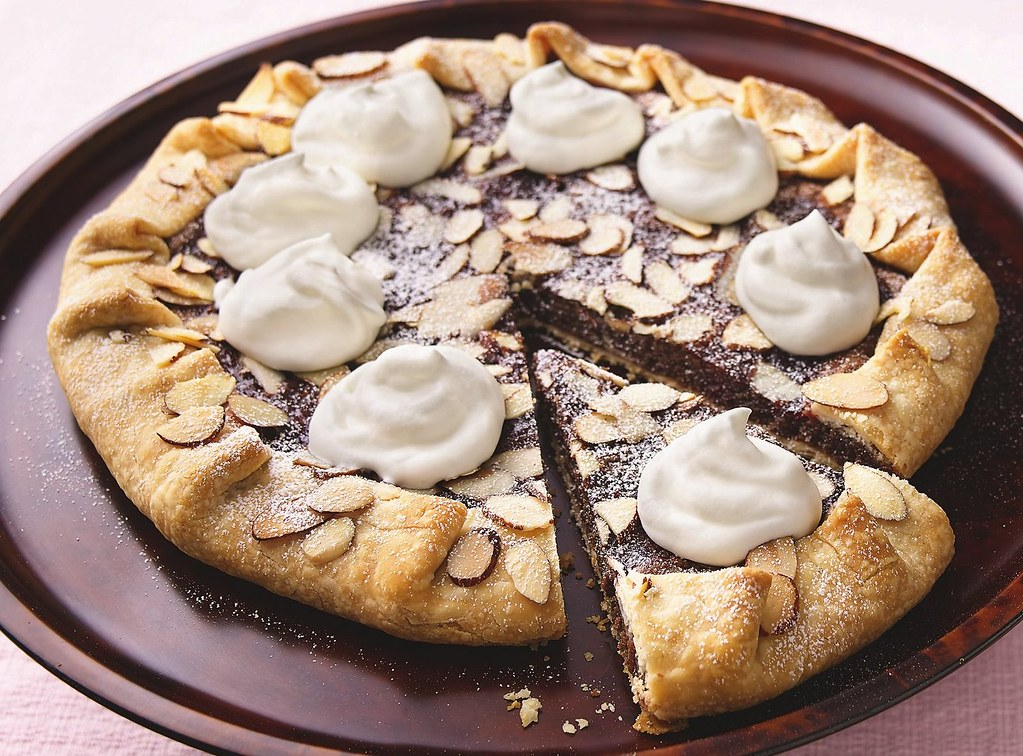 Raspberry-Kissed Chocolate-Almond Crostada Recipe