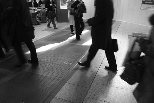 駅の光景 2
