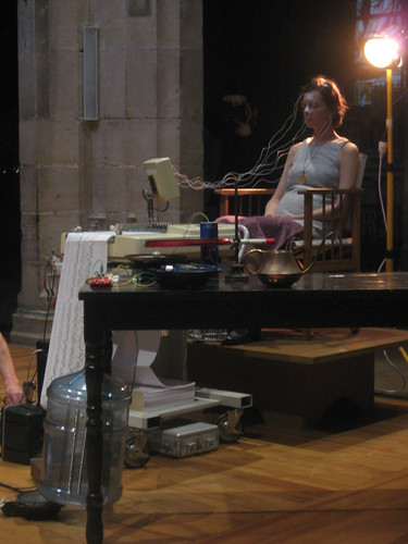"Alvin Lucier ""Music on a Long Thin Wire"" performance @ Saint Merry"