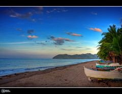 Canipaan, Hinunangan Southern Leyte | Explore (rev_adan) Tags: trip blue sunset sea sky white beach clouds canon boats island eos sand afternoon philippines resort pump southern shore leyte 40d revadan vosplusbellesphotos canipaan palongpong