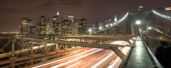 Manhattan... (Jose A. Bejarano) Tags: bridge usa ny newyork skyline skyscraper unitedstates manhattan ciudad citylights brooklynbridge manhattanbridge fotografo estadosunidos nuevayork rascacielos photographyrocks joseantoniobejarano