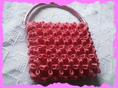 kumaş büzdürme ile yapılmış büzgü çiçek çanta