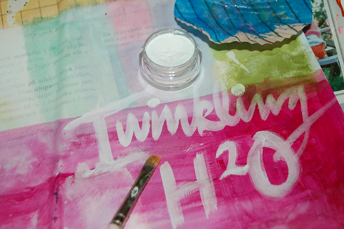 Twinkling h2o white paint (Photo by iHanna - Hanna Andersson)
