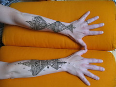 IMG_0242 (henna.elements) Tags: art beautiful tattoo design hands drawing paste henna westernmass hinna kripalu mehandi mehendhi hennaelements