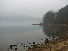 Devils Lake....foggy day. (ET's Photo Home) Tags: trees lake beach water wisconsin sand rocks hike bluff devilslake baraboo pictureperfect