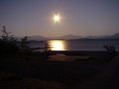 Full Moon at Lago Ranco (GMORERE) Tags: chile moon lake water lago agua sony luna full ranco lagoranco llena h7 supershot gmorere