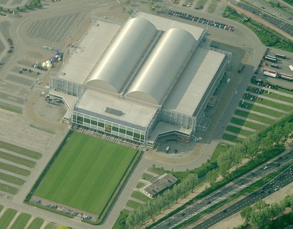 European retractable-roof stadiums