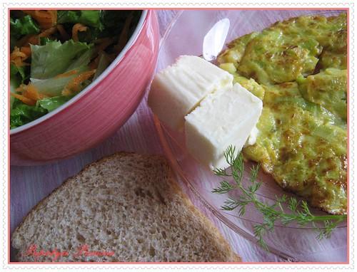 pırasalı omlet ve öğlen yemeği