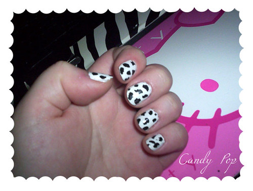Cow Stripe Art Nails Polishes, simple nail design.