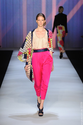 Ginger_and_Smart_Runway_11