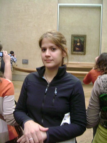 Posing at Louvre - Mona Lisa
