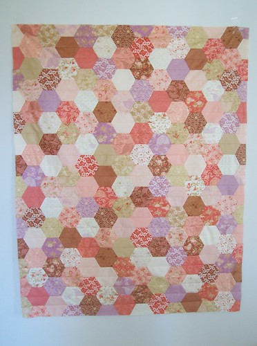 half hex quilt top in gypsy rose