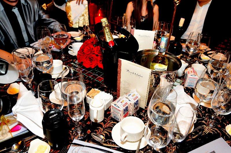 Royal Chulan table
