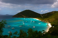 White Bay, Jost Van Dyke, BVI (bvi4092) Tags: travel blue sea sky beach water landscape bay boat mar nikon yacht gimp bluesky caribbean jostvandyke bvi britishvirginislands whitebay westindies jvd ufraw d40