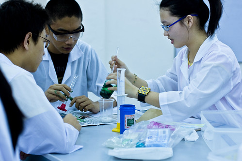La Salle 28/1 - Chemistry Lab by DucDigital, on Flickr