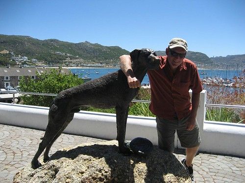 dog statue and Peter