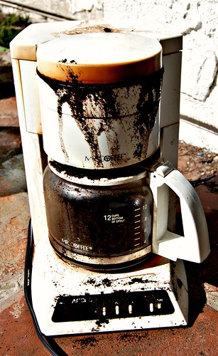 coffee_maker_deat