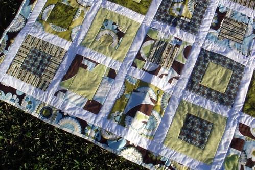 squares quilt detail