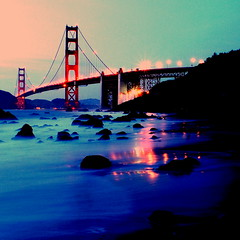 Foot by foot (Petra Cross) Tags: sanfrancisco longexposure bridge night goldengate saturation bakerbeach bubli zaskodnik bubliphoto