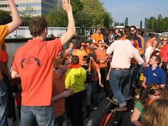 ~IMG_2555 (mathijs213) Tags: 2009 grachten koninginnedag amsterdamse