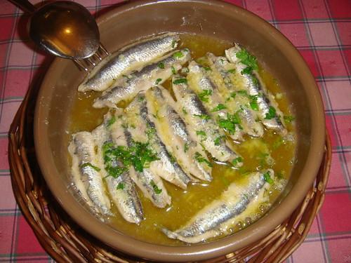 Bocartes (anchoa fresca) al pil-pil