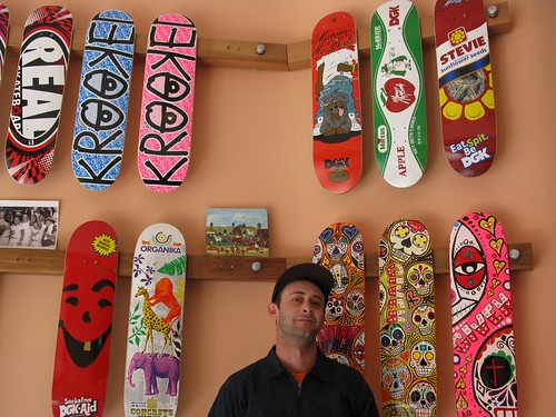 Park Delicatessen 2009 edition (Skateboards/Flowers/Dry Goods) - Mike - 1