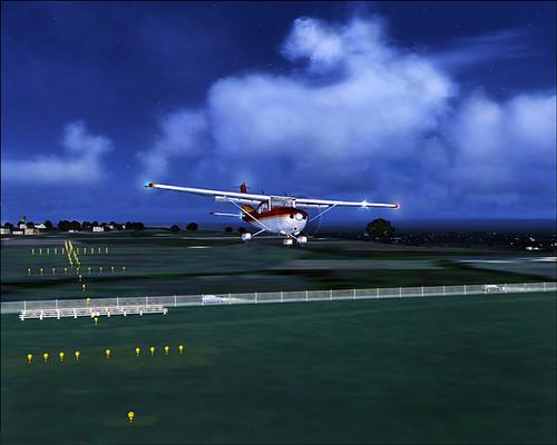 Cessna 182S on finals Bristol