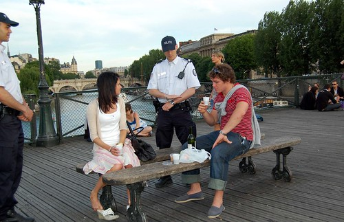 No Alcohol on the Pont des Arts