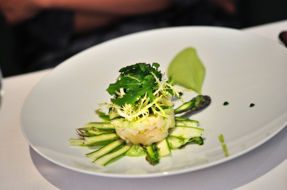 Morgan M: Scallop Tartare with asparagus mousse