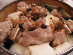 spareribs on rice sticks (duxyak) Tags: city food boston restaurant sticks chinatown rice chinese chow spareribs dim sum chau