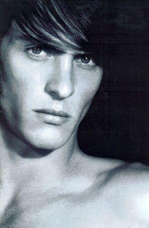 Damien Van Zyl0041(Bellazon)