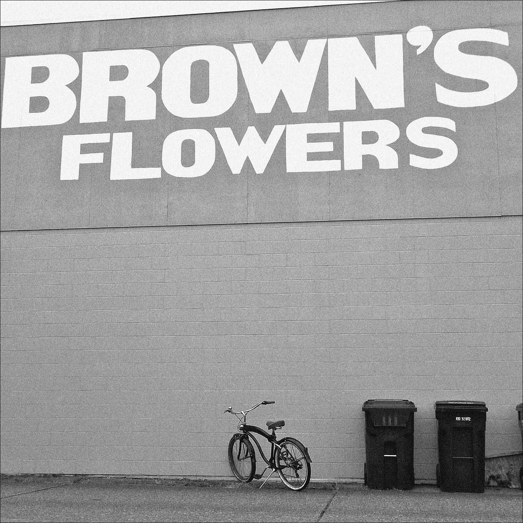 Brown's Flowers building