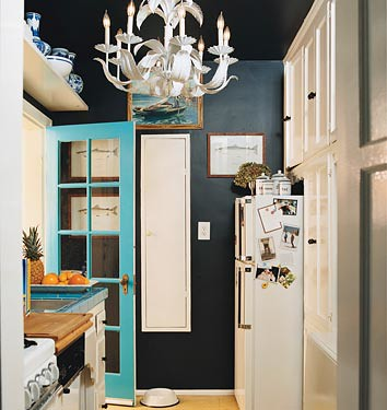black+room-domino+fav+kitchen