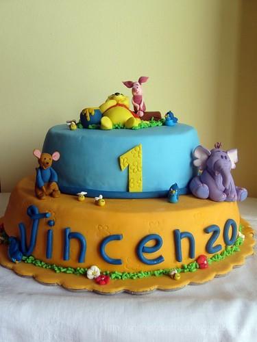 disney cake: winnie the pooh