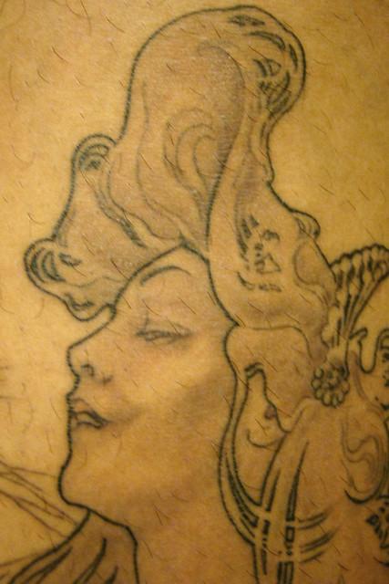 Tattoo por Cigano. www.hepidermedesign.com.br. Desenho de alfons Mucha - Job