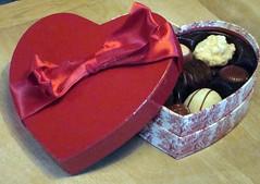 Harry London (Svadilfari) Tags: candy heart valentine sweets candies valentinesday boxofchocolates harrylondon sa