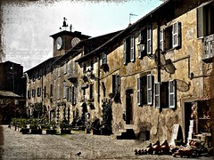the little antique village at the center of the world... Orvieto (Ev@ ;-)) Tags: street friends italy explore gil flickrfriends margherita orvieto pigotta08 radunofotograficoaorvieto photographwhatapassion gilbertogini