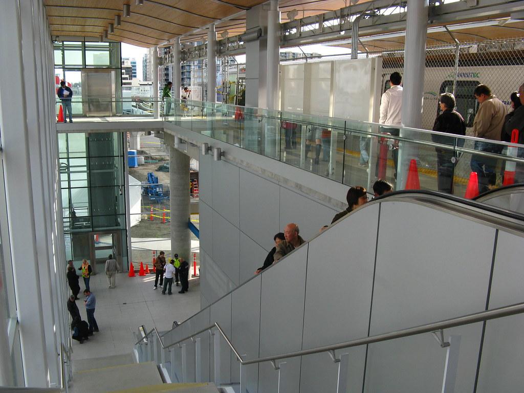 Lansdowne Inbound Staircase