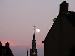 Sunset, Moonrise (lynnlin) Tags: sunset orange cloud moon white house holland church netherlands purple cross nederland moonrise img0605 canong9 080409