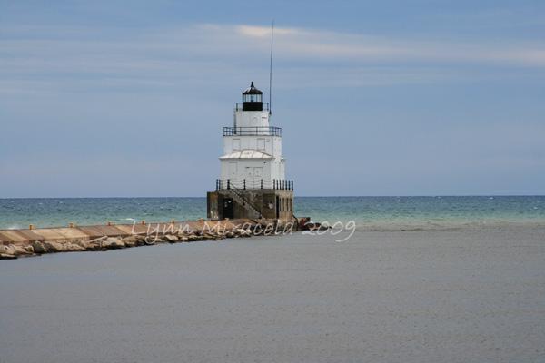 Manitowoc Breakwater Lighthouse 2