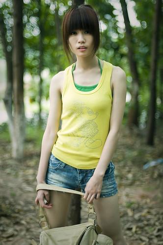 フリー画像| 人物写真| 女性ポートレイト| アジア女性| 中国人| ショートパンツ|      フリー素材|