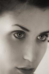 Fr (vincenzo stefani) Tags: bw woman girl beautiful donna piano bn francesca occhi primo ragazza particolare faccia sopracciglia volto trucco labbra santese